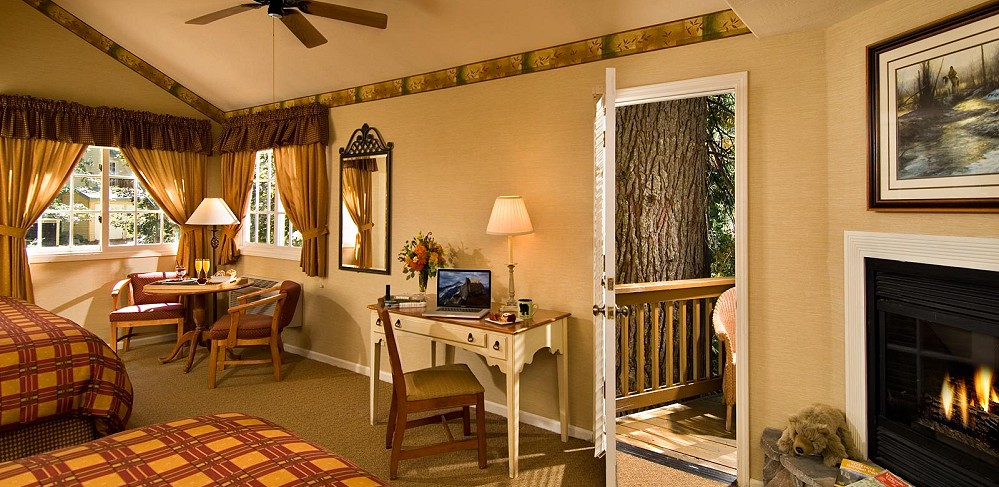 Tenaya Lodge Cottage Double Room